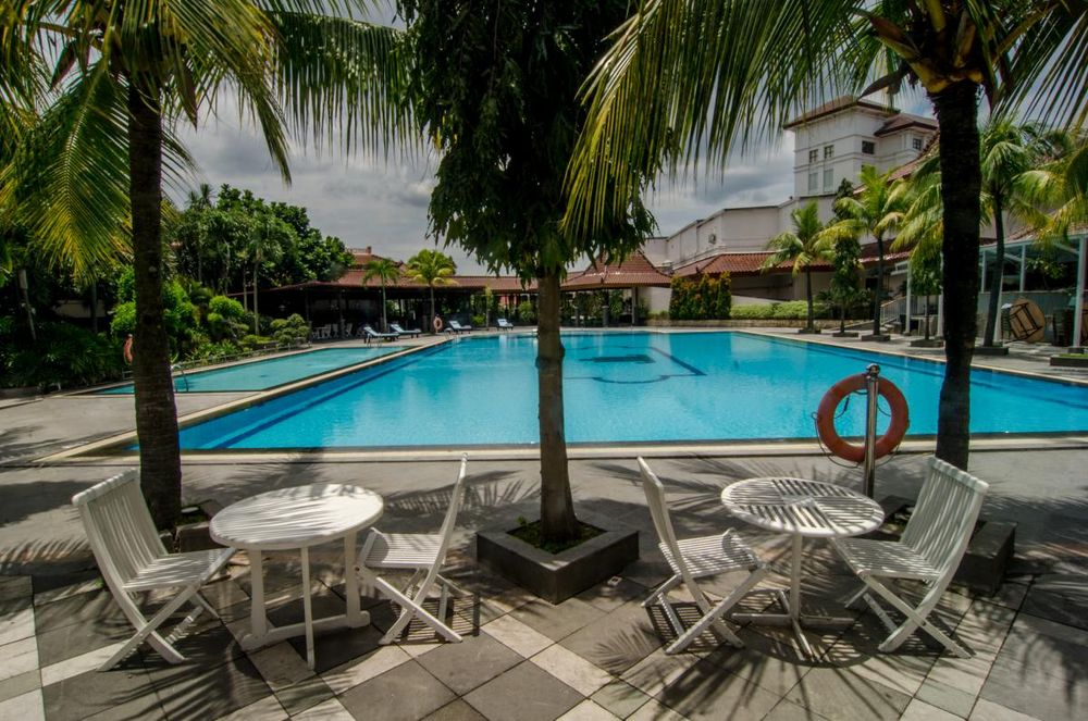 Pool, The Sunan Hotel, Solo, Indonesien Rundreise
