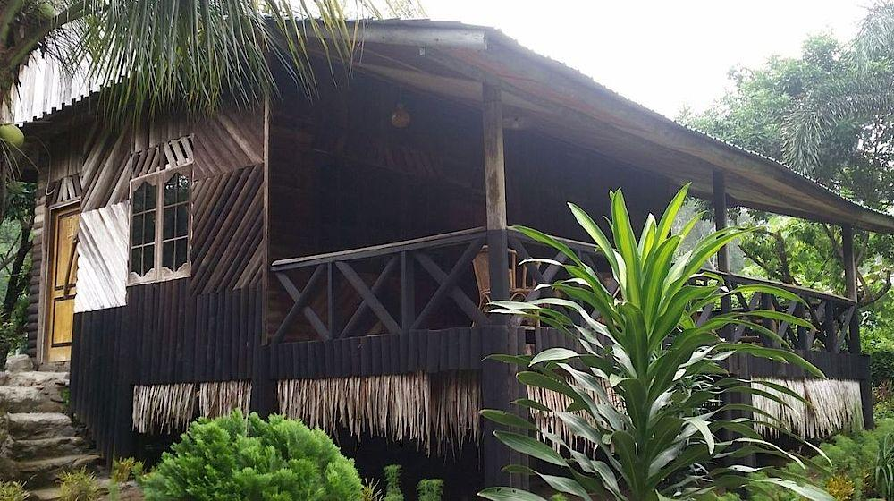 Bungalow der Tangkahan Beach Jungle Lodge, Indonesien Reise